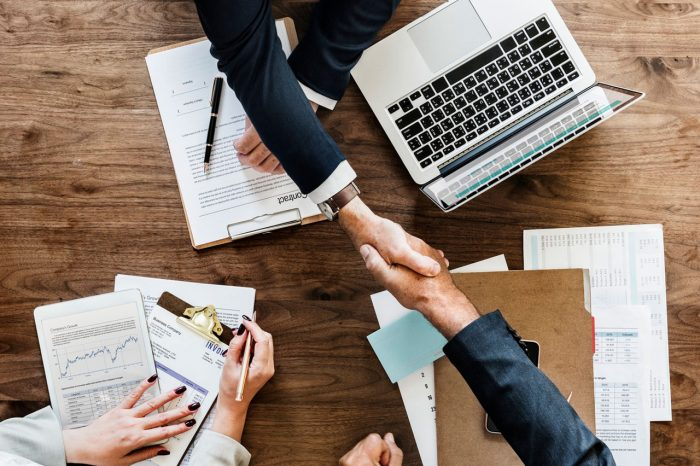 Zakładanie własnej działalności - jaki rodzaj spółki wybrać?